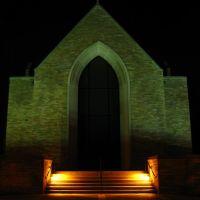 Seminary Chapel at Night, Ричмонд Хейгтс