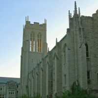 Church Bell Tower - Clayton Missouri, Ричмонд Хейгтс