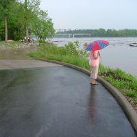 Rain on The River, Сант-Чарльз