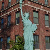 reproduction Statue of Liberty, Mexico, MO, Спаниш Лак