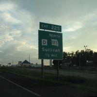 Exit 225 Sullivan, Эдгар-Спрингс