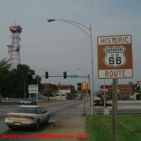 Route 66 sign, Эйрпорт-Драйв