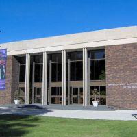 Flint Institute of Music, GLCT, Бичер