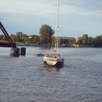 Boat on Saginaw River, Bay City, Michigan, Бэй-Сити