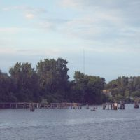 Weathered Dock on the Saginaw River, Bay City, Michigan, Бэй-Сити