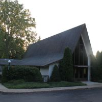 Northside Community Church, 929 Barton Drive, Ann Arbor, Michigan, Варрен