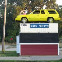 A tough shed can store a car and a wife on the top, Джексон