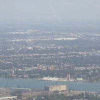 Looking back at Windsor, Ontario, Canada, Дирборн