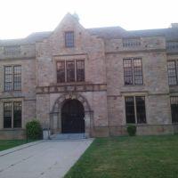 Fordson High School West Entrance, Дирборн