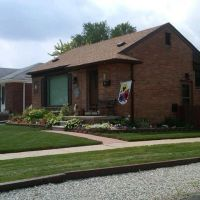 Brick Front Porch and Owens Corning Roof Garden City Michigan, Инкстер
