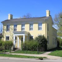 Historic Structure, (c. 1830), 202 South Huron, Ypsilanti, Michigan, Ипсиланти