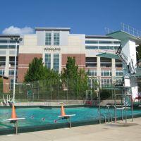 IM West Outdoor Pool Platform, Ист-Лансинг