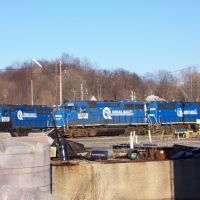 Ex Conrail engines tied up in Botsford Yard, Kalamazoo, MI, Иствуд