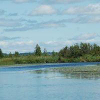 Cedar River at Lake Leelanau, Michigan, Лейк-Анжелус