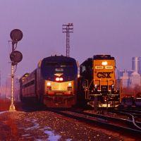 Amtrak departs Detroit, Монтроз