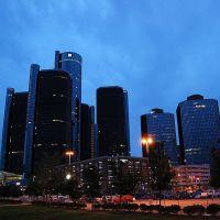 RenCen, Detroit www.whisper2.com, Монтроз