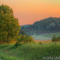 Drumlin View Farm Basking in Dawns Light, Мунисинг