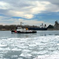 Todays weather: Lake ice still coming down, icebreaker on the way to assist freighter., Порт-Гурон