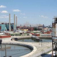 water treatment plant & Zug Island belching its crap, Ривер-Руж