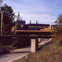 Crossing Bingham South Bridge 1990, Сагинав