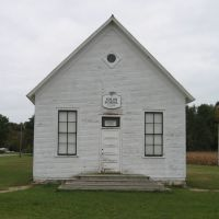 Old Solon Schoolhouse, Сагинав