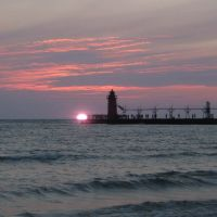 Sunset in South Haven beach, Саут-Хейвен