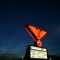 Thunderbird Lanes, Трой