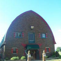 Barn Shop currently a dance/art studio, Уитмор-Лейк