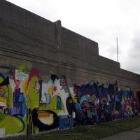 murals behind Keyworth Stadium, Хамтрамк