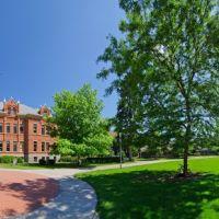 UM - University Hall - University of Montana - 360 - nwicon.com, Миссоула