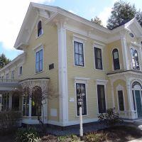 c.1818 Johnson-Baker-Shelton House, Augusta Maine, Огаста