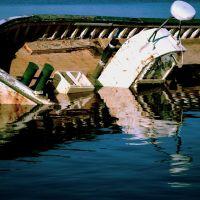 Sunken Boat, Хампден