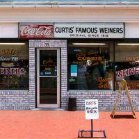 Curtis Original Coney Island Weiners, Камберленд
