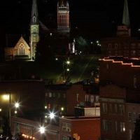 Downtown Cumberland at night, Камберленд