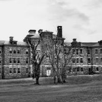 Spring Grove Abandoned Psychopathic Building (rear), Spring Grove State Hospital, MD, Катонсвилл