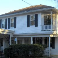 Candle Light Inn, 1835 Frederick Road, Historic National Road, Catonsville, MD, Катонсвилл