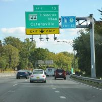 Approaching Frederick Road, Interstate 695, Southbound, Катонсвилл
