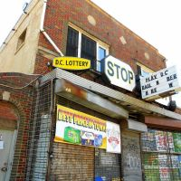 Stop & Shop Liquors, Historic Route 1, 3011 Rhode Island Avenue Northeast, Washington, DC 20018, Коттедж-Сити