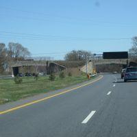 Along the Baltimore Washington Parkway, Линтикум
