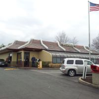 McDonalds Westport, Маунт-Рейнье