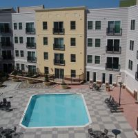 Fenestra Apartments pool, Роквилл