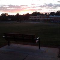 Sunset Bench in College Gardens, Роквилл
