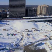 Silver Spring Transit Center construction site in the snow, Такома-Парк