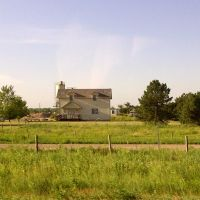 2011, Grant, NE, USA - country home, Битрайс