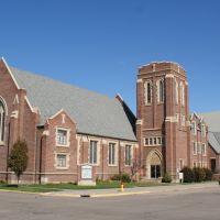 Grand Island, NE: Trinity UMC from southwest, Гранд-Айленд