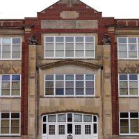Grand Island, NE: Former Walnut Junior High, Гранд-Айленд