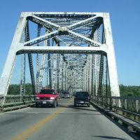 Travelling over the Missouri River on the South Omaha / Veterans Memorial Bridge/Highway 275 in 2005.  This Bridge was replaced and demolished in 2010., Папиллион