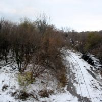 """All That is left of Missouri Pacific RRs """"Omaha Belt Line"""" peaks through the snow cover, Папиллион"""