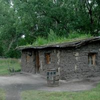 Replica of a Pioneer Sod House. Seen in Gothenburg Nebraska., Хастингс