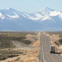 Nevada Highway 305 - 200704LJW, Ловелок